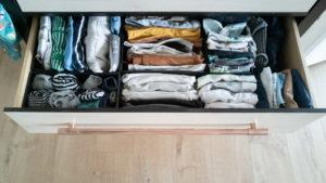Wickelkommode einrichten und organisieren, Tipps zum Richtigen einräumen deines Wickeltischs. Stoffwindeln Erfahrung